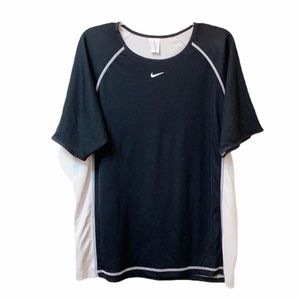 Nike men's pull over athletic top